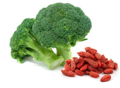 broccoli and goji berries